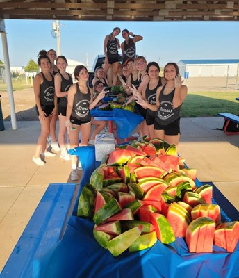 Fall Sports Preview - RHS Cheer
