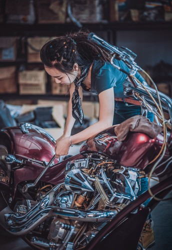Women In Advanced Manufacturing and Mechanical Careers