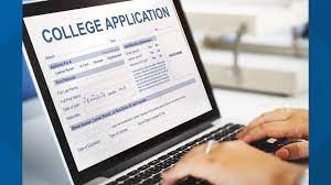 Time to Apply for College!!