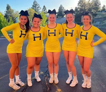 State Champs: Henley cheer!