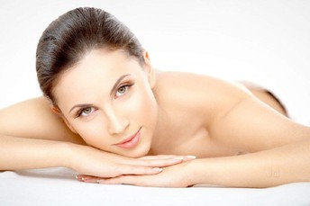 How To Lighten Skin Tone Naturally?
