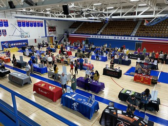 RHS HOSTS COLLEGE AND CAREER FAIR
