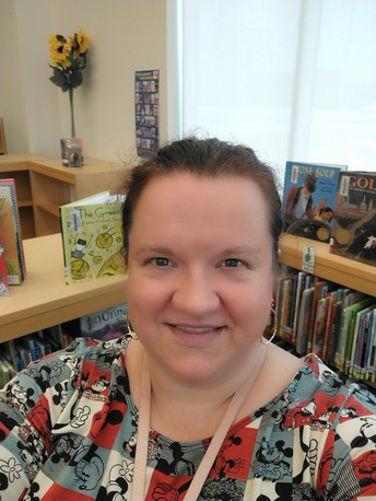 Salinas Elementary Library Teacher, Emily Comeaux