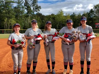 8th Grade Softball Ladies