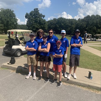 Way to finish, golf team!