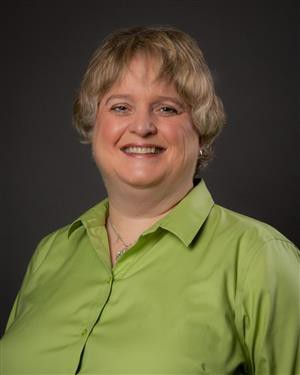 Kitty Hawk Middle School Librarian, Wendy Howk