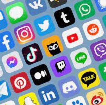 Social Media/Redes Sociales