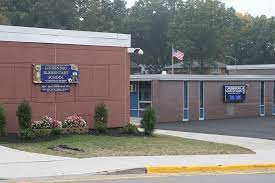 Lindeneau Elementary School