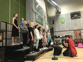 Student Choir Performance