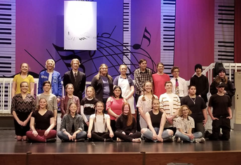 FHS Theatre Troupe Puts on Impressive Showing in Spring Musical