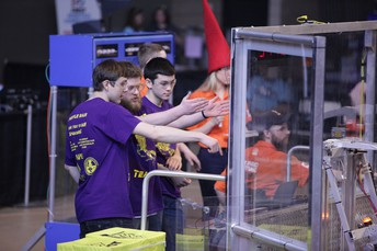 'Troybotics' team competes at RPI