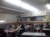 תלמידי  ח ותלמידי ט בשיחה עם איש הייטק מחברת מרוול