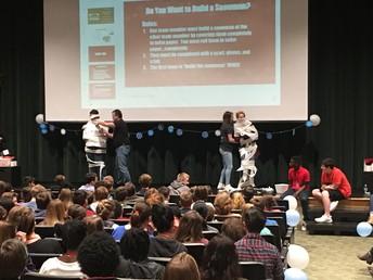 Teachers vs Students - Can you build a snowman?