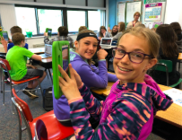 Students work with Metaverse to review Iowa History