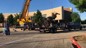 34af1ab944da The welded art sculpture is a gift to the Northlake campus to commemorate  their 40th anniversary. Mr. Gentry their Welding teacher is also the artist  of ...