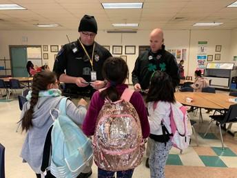 Meta: Nuestros estudiantes aprenderán y contribuirán a escuelas seguras y de apoyo.