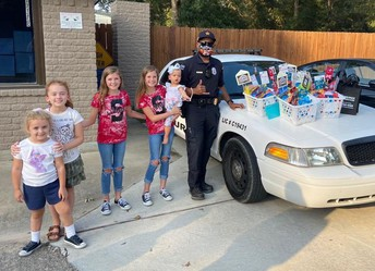 FSS Security-Rio Vista loves and appreciates our officers.  Thank you for all your do to help us feel safe.