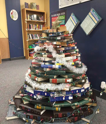 Oh Christmas Book Tree...