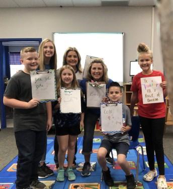 Lydia Dunlap teaches the Creative Writing Club