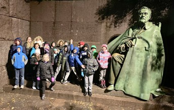 Students at the FDR Memorial