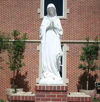 FAMILIES CAN BRING FLOWERS TO MARY