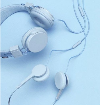 Students should be able to listen to music in class