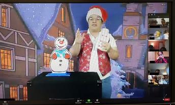 "Cris Johnson's ""Christmas Magic"" Program"