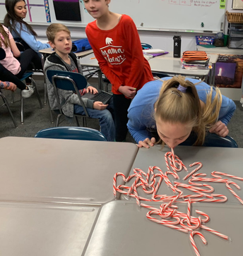 Candy cane collecting competition