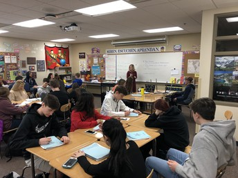 Mrs. Gyure leads lesson in Spanish II