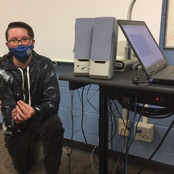 Teacher Applauds Kindness of Students