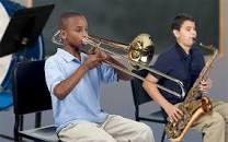 Musical Instruments / Instrumentos musicales:
