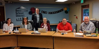 Bremerton School Board recognized (for the second year in a row!) as Board of Distinction for 2019!
