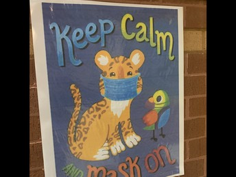 Mask Wearing reminders in hallways