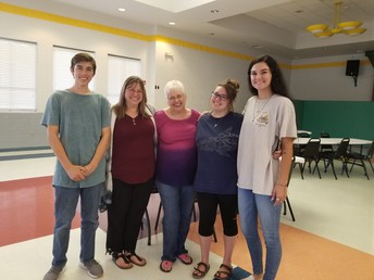 From left: William Cassin (brother), Jean Cassin (mother), BJ Cooper (grandmother), Brianna Cassin (student), Madison Cooper (cousin) at Open House