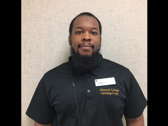 Introducing Mr. Byron Brownlee, our MCAC College Advisor!
