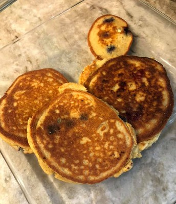 Blueberry or Chocolate Chip Pancakes