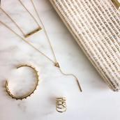 Jewellery, bags, scarves.......