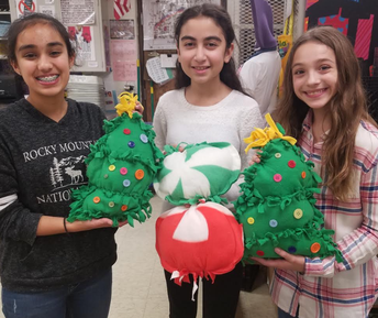 Interact Club Makes Holiday Pillows for Local Seniors