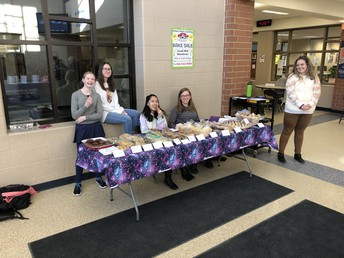UHS Battle of the Books teams with a bake sale at conference