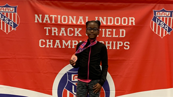EP's Laylah Charlie Smith Earns Medal at AAU Nationals in 3,000 Meters