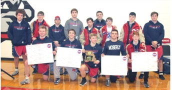 The Moberly Wrestling team-District Champs!!