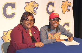 Track Standout Bria Barnes Signs National Letter of Intent to Attend Iowa State