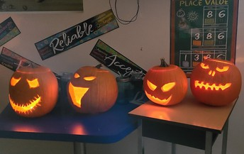Gr 4B Carved Creations