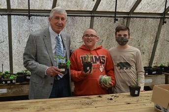 Senator Dean Proctor Visits WAMS