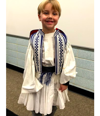 Students Try on Cultural Dress!