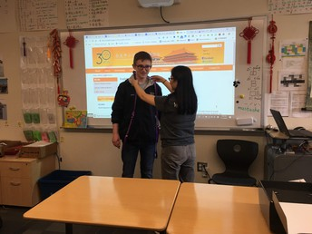 National Chinese Honor Society Seniors Receive Cords and Certificates