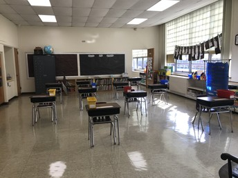 1st Grade-The classroom is ready to go!