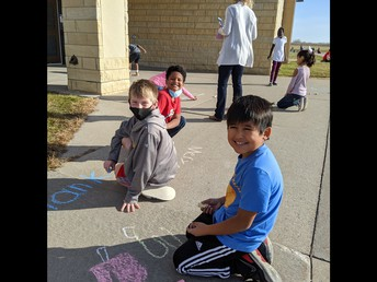 Students Spread Positive Vibes