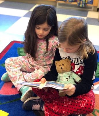 Reading Buddies in Kindergarten