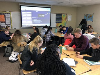 Mrs. Padilla's Spanish III class utilize Gimkit in class learning.